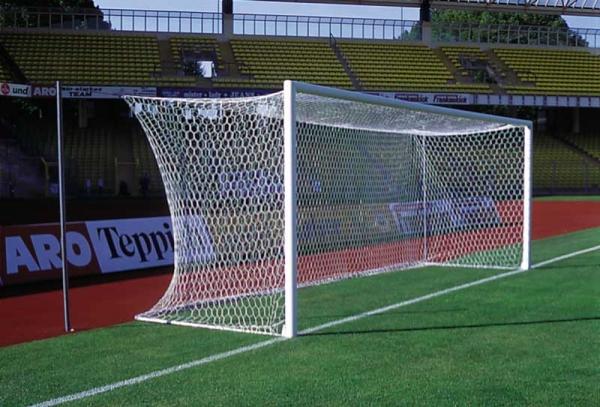 ALU-Fußballtore eckverschweißt mit freier Netzaufhängung