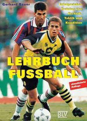 Lehrbuch Fußball